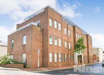 Thumbnail 2 bed flat to rent in Calverley Street, Tunbridge Wells