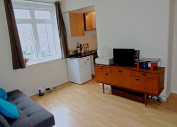Thumbnail 1 bed flat to rent in Rosendale Road, Herne Hill, London
