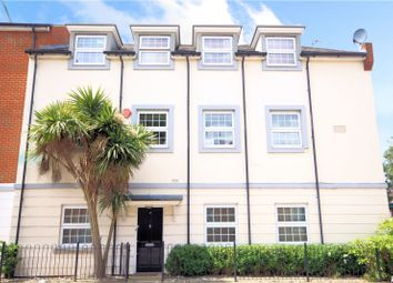 Thumbnail 2 bed flat to rent in Platinum Apartments, Silver Street, Reading