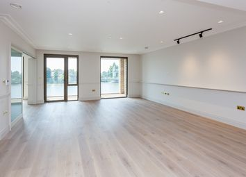Thumbnail 3 bed flat to rent in Crisp Road, Hammersmith
