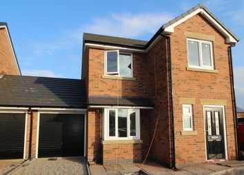 Thumbnail 3 bedroom link-detached house to rent in Newlands Road, Leigh
