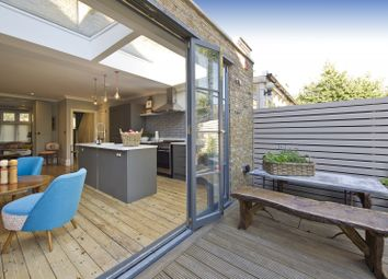 Thumbnail 4 bed property to rent in Dalgarno Gardens, London