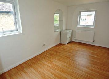 Thumbnail 1 bedroom flat to rent in Rutland Road, London