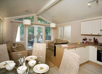 Thumbnail 2 bed detached bungalow for sale in Barlings Lane, Langworth, Lincoln