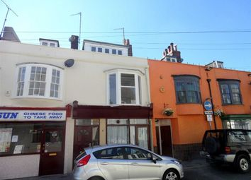 2 bed flat to rent in Park Street, Weymouth, Dorset DT4