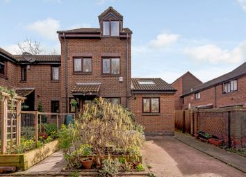 4 bed town house for sale in Somerford Way, London SE16