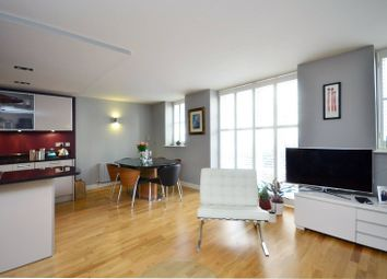 Thumbnail 3 bedroom maisonette to rent in Hertford Road, De Beauvoir Town