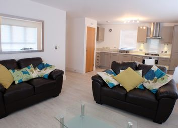 Thumbnail 2 bed flat to rent in Langdon Road, Swansea