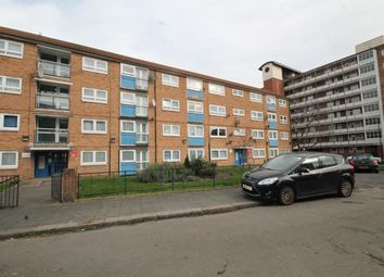 Thumbnail 3 bedroom flat for sale in Crescent Road, London