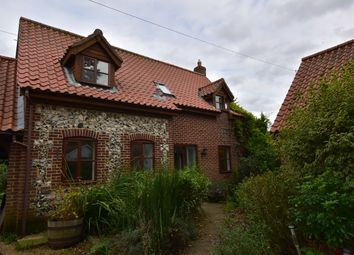 Thumbnail 3 bed link-detached house to rent in Walnut Close, Great Hockham, Thetford