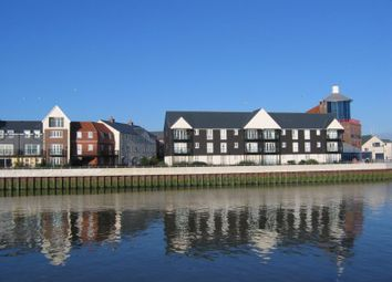 Thumbnail 2 bed flat to rent in Surrey Street, Littlehampton, West Sussex