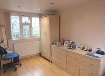 1 bed flat to rent in Sudbury Heights Avenue, Greenford, Middlesex UB6