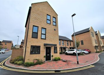 Thumbnail 4 bed town house for sale in Iceni Square, Harlow