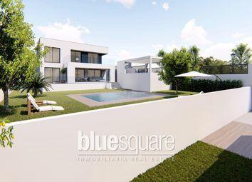 Thumbnail 4 bed villa for sale in Puerto De La Duquesa, Costa Del Sol, Spain