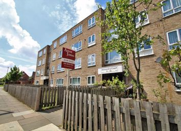 Thumbnail 2 bed flat to rent in Alexandra Court, Greenford, Middlesex