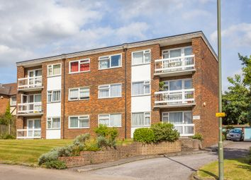 Thumbnail 2 bed flat to rent in Ladbroke Road, Redhill
