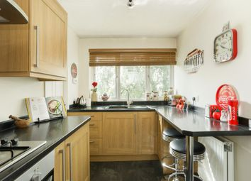 Thumbnail 1 bed flat to rent in Kingsley Close, Shaw, Newbury