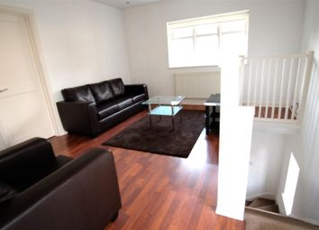 Thumbnail 2 bed flat to rent in Neale Close, Hampstead Garden Suburb, London