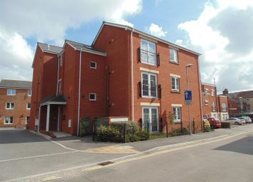Thumbnail 2 bed flat to rent in Bradford Road, Swindon