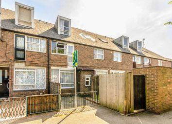 Thumbnail 4 bedroom flat for sale in Brydon Walk, Islington