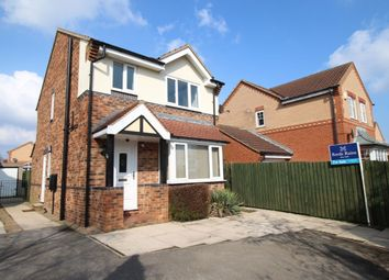 Thumbnail 3 bedroom detached house for sale in Hillthorpe Court, Leeds