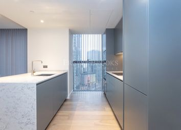 Thumbnail 1 bed flat to rent in South Quay Plaza, Canary Wharf