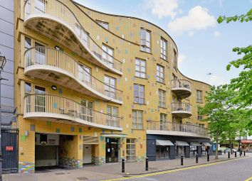 Thumbnail 1 bed flat for sale in Farm Lane, Fulham