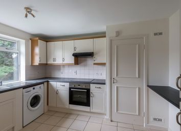 Thumbnail 2 bedroom flat to rent in Albert Road, Buckhurst Hill