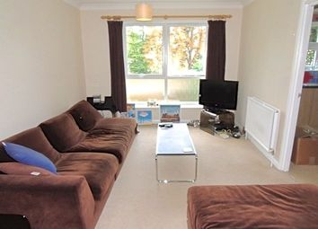 Thumbnail 1 bed flat to rent in Ferris Road, East Dulwich, London