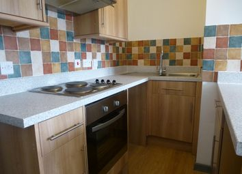 Thumbnail 1 bed flat to rent in Station Approach, Romsey