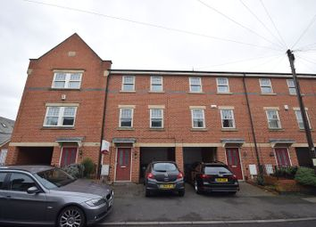 Thumbnail 3 bed town house to rent in Roman Road, Derby