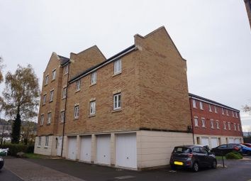 Thumbnail 2 bed flat to rent in Dickinsons Fields, Bristol