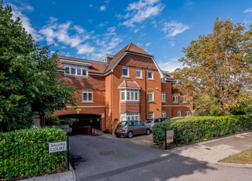 Thumbnail 2 bed flat for sale in Torrington Park, London