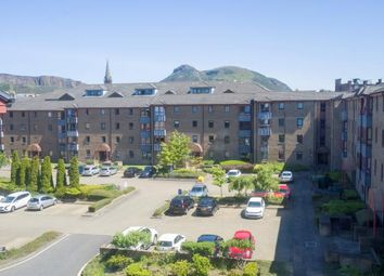 Thumbnail 2 bed flat to rent in Sienna Gardens, Newington, Edinburgh