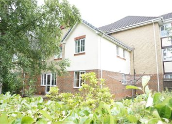 Thumbnail 3 bedroom mews house to rent in Devonshire Park, Reading