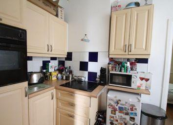 Thumbnail 4 bed flat to rent in Lant Street, Borough