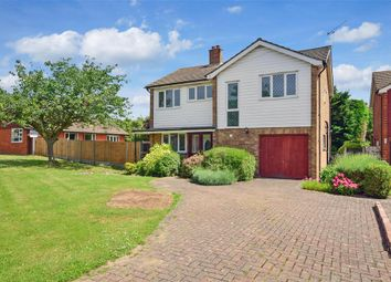 Thumbnail 4 bedroom detached house for sale in Ferndown, Hornchurch, Essex