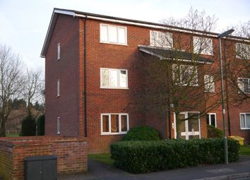1 bed flat to rent in Wesley Drive, Egham, Surrey TW20