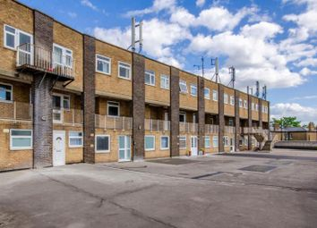 3 bed property for sale in Viceroy Close, East End Road, London N2