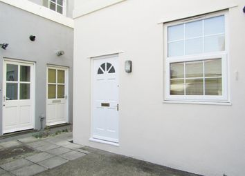 Thumbnail 2 bed flat to rent in Queen Street, Newton Abbot