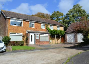 Thumbnail 5 bed detached house for sale in Studio Close, Kennington, Ashford