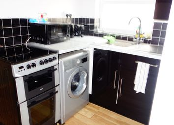 Thumbnail 2 bed flat for sale in Crownfield Road, Leyton