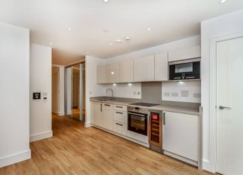 Thumbnail 1 bed flat to rent in The Strand Building, Hackney