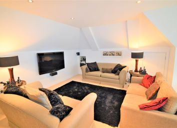 Thumbnail 3 bedroom flat to rent in Hawsted, Buckhurst Hill