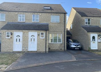 4 bed semi-detached house for sale in Carterton, Oxfordshire OX18