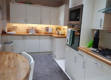 Thumbnail 3 bed cottage for sale in Main Street, Farnsfield, Newark