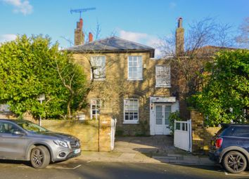 4 bed property to rent in St. Johns Grove, Richmond TW9