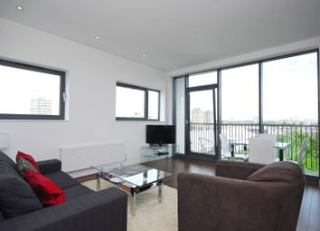 Thumbnail 1 bed flat to rent in St Johns Hill, St John's Hill