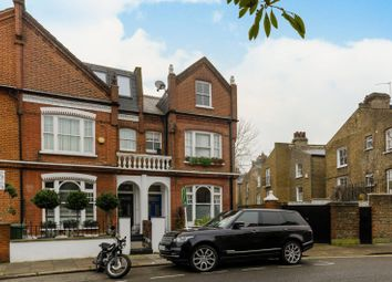 Thumbnail 1 bed flat for sale in Bovingdon Road, Fulham