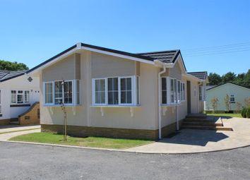 Thumbnail 2 bedroom mobile/park home for sale in Oakwood Court, Whitehill, Bordon